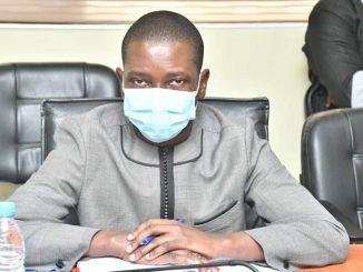 Dr Babacar Guèye dénonce la mafia qui fait le tour des domiciles pour vendre des tests Tdr à 10 000 francs